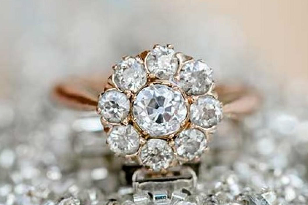 3 reasons to buy your engagement ring at Gold Designers Manufacturing